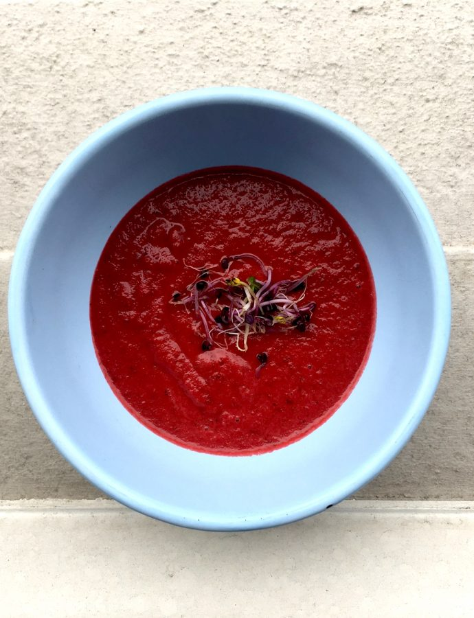 Rote Beete-Kokos-Suppe