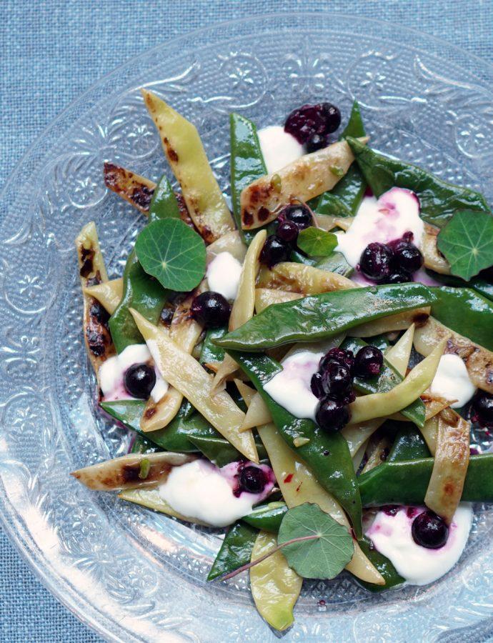 Bohnensalat mit schwarzen Johannisbeeren
