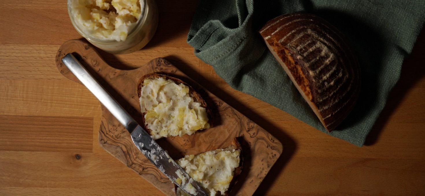 Veganes Zwiebel-Apfel-Schmalz