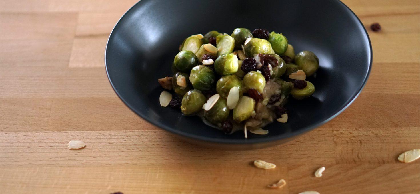 Lauwarmer Rosenkohl-Salat